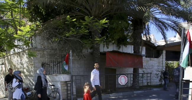 Hamas clears out of Abbas' Gaza home in unity push