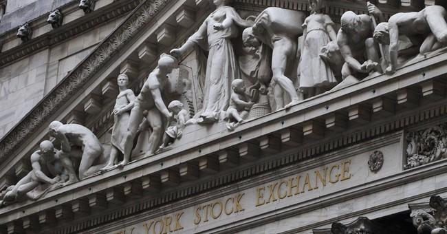 US stocks move lower; Deere sinks