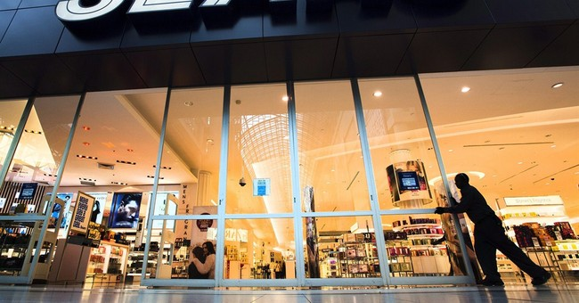 Sears considering selling its Canadian operations
