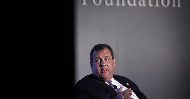 Christie says he's thinking about 2016 bid