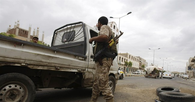 Fighting between Yemen army and al-Qaida kills 42