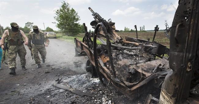 Steelworkers join police patrols in east Ukraine