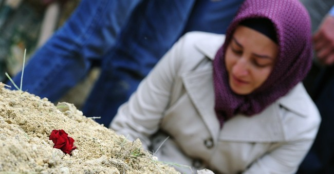 Turkish families bury miners as toll rises to 282