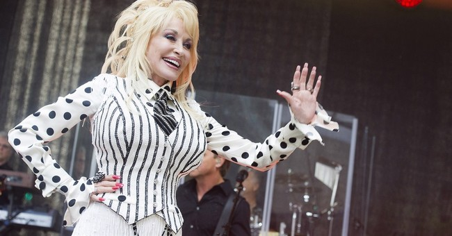 Dolly talks Miley, remaining true to yourself