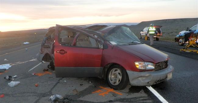 4 dead, 4 hurt in eastern Utah rollover on I-70