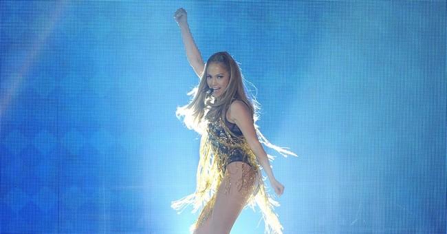 Jennifer Lopez has deal for memoir on world tour