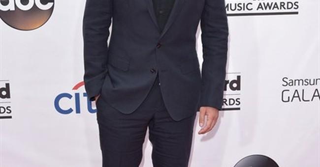 Jackson, Timberlake own Billboard Music Awards