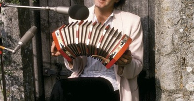 Wings musician Laurence Juber talks Paul McCartney