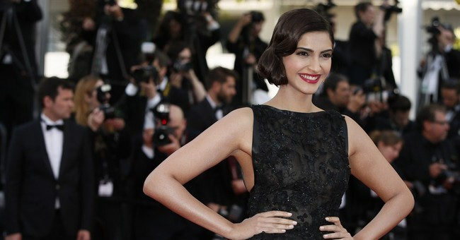 CANNES WATCH: Kapoor ready for gay Bollywood film