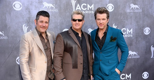 Rascal Flatts lip-syncs lip-syncing apology