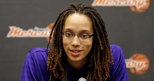 APNewsBreak: WNBA to market to LGBT community