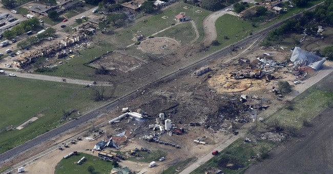 Probe finds scant oversight of chemical plants