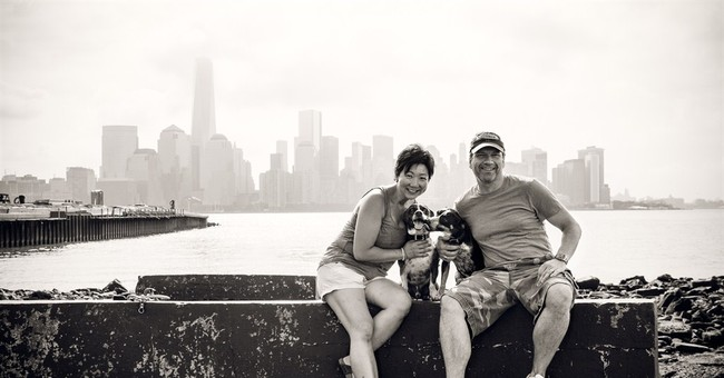 Families turn to pros to capture canine memories