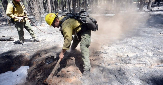 Crews foresee some containment of Arizona wildfire