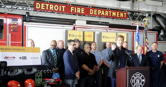 Leary gives new equipment to Detroit firefighters