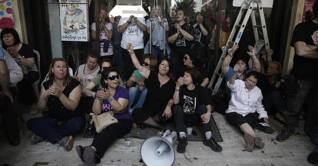 Greek anti-bailout party vows to topple government