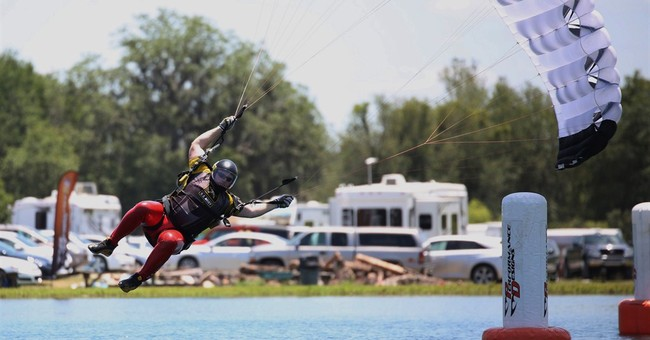 Skydiving canopy piloting competition held in Fla.