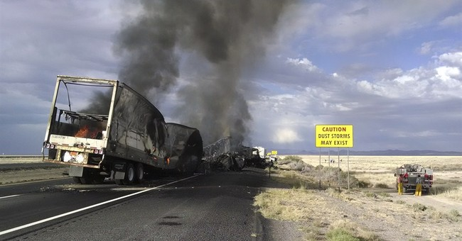 Police: 7 dead in southwestern New Mexico crash