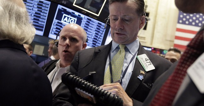 S&P 500 index closes above 1,900 for first time