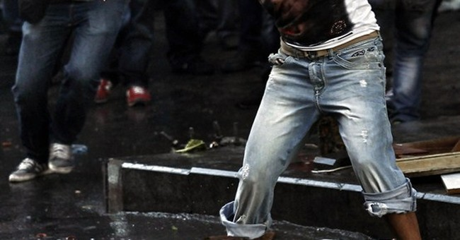 2 dead after violent Istanbul protest