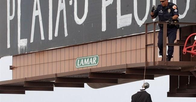 El Paso police probe cartel-style graffiti threats