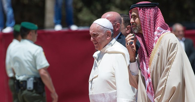 Pope blasts arms dealers at start of Mideast trip