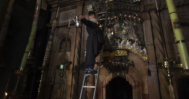 Pope, patriarch pray in Holy Sepulcher church