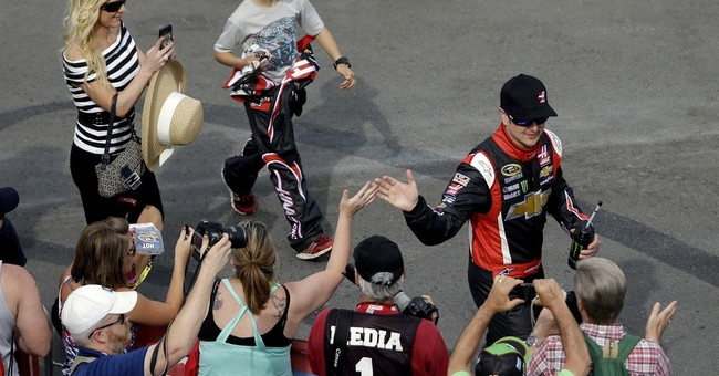 Kurt Busch lands in North Carolina for next race