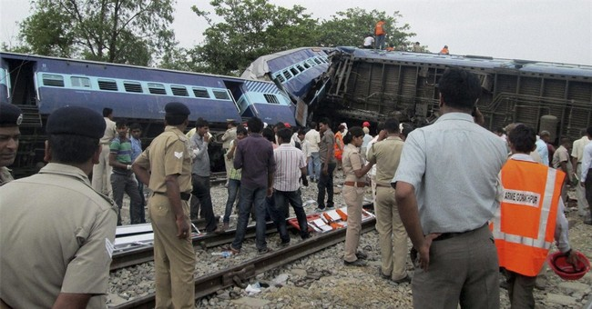Train accident kills at least 40 in northern India