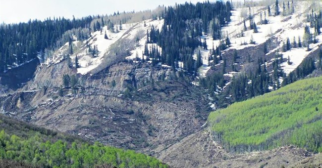 Landslide danger ends search for 3 in Colorado