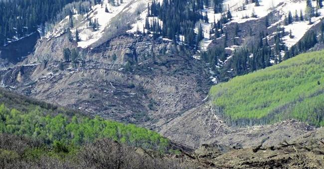 Landslide danger ends search for 3 in Colorado