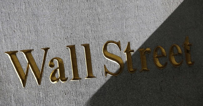 US stocks move higher after holiday weekend