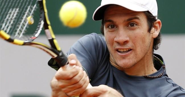 '13 French champ Serena Williams loses; Venus, too
