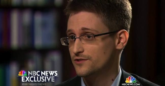 NSA finds 1 email from Snowden raising question