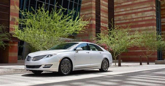 Top luxury sedan in mileage is a Lincoln