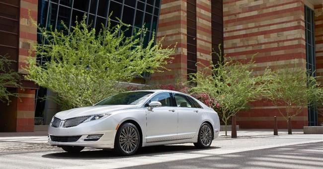 Top luxury sedan in mileage is a Lincoln