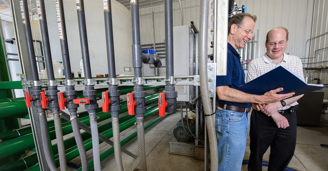 College has system to extract water from manure
