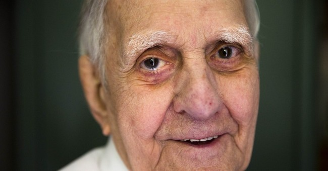 At D-Day's 70th, an overdue talk with a vet uncle