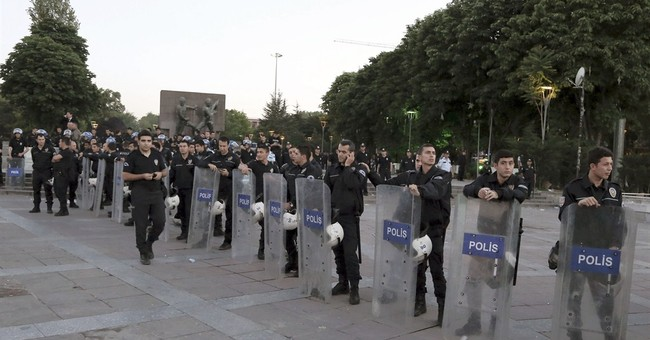 154 people detained in Saturday Istanbul protests