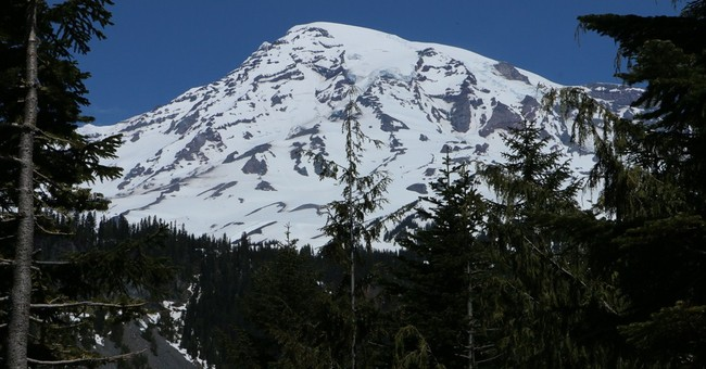 List of fatal mountain climbing accidents