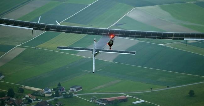 Swiss-made solar plane makes maiden flight