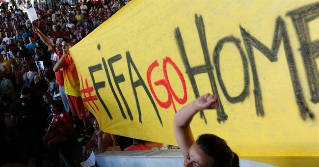 AP PHOTOS: Teams, fans counting down to World Cup