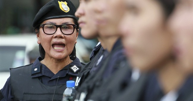 Thai police criticized for posing as journalists
