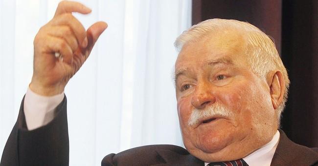 Authors of Polish democracy see its good, bad side