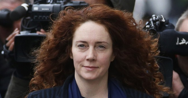 Judge starts summing-up at UK phone hacking trial