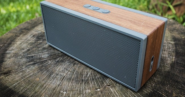 Gift Guide: Wood-themed tech gifts for Dad