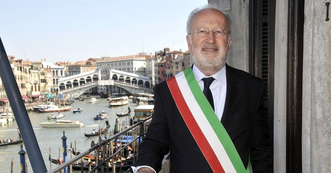 Venice mayor arrested in corruption scandal