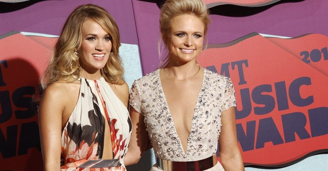 Underwood wins 3rd straight CMT video of year