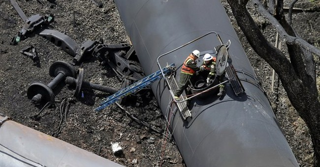 States balk at keeping oil-train info from public
