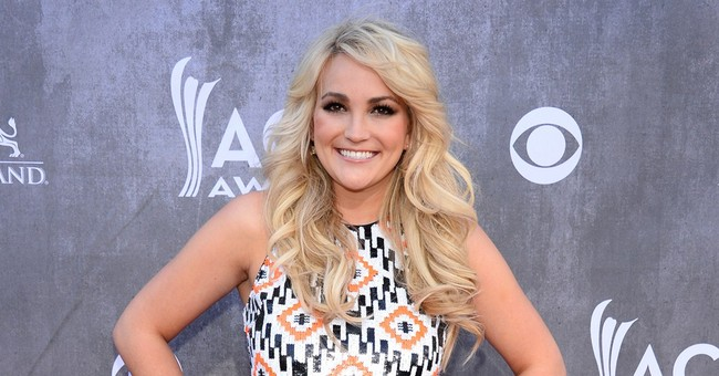 Another Spears singer: Jamie Lynn goes country